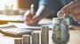 """Pesquisa aponta que """"Guardar dinheiro é a principal meta financeira do brasileiro para 2020""""; CDL Cuiabá orienta consumidores a se planejarem"""